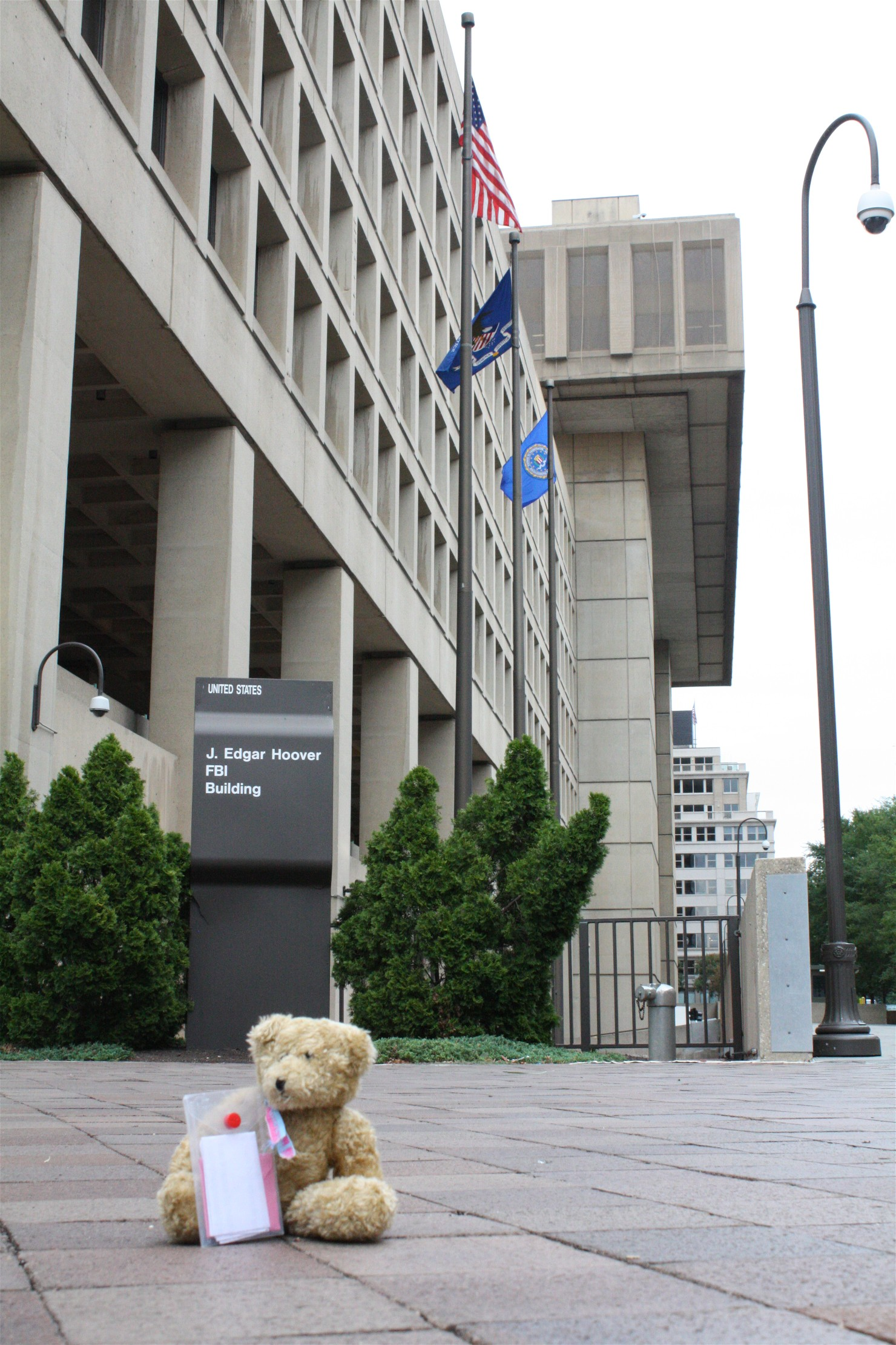 Lucy Visits the FBI Building